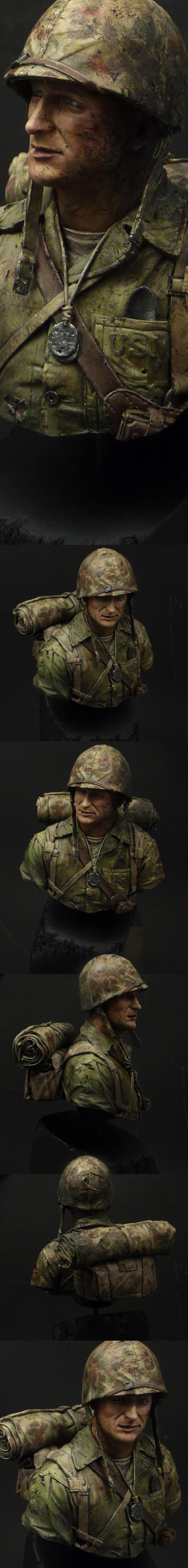 USMC Iwo Jima bust - view 1