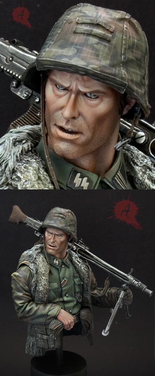 Waffen SS mg42 Gunner Zoom