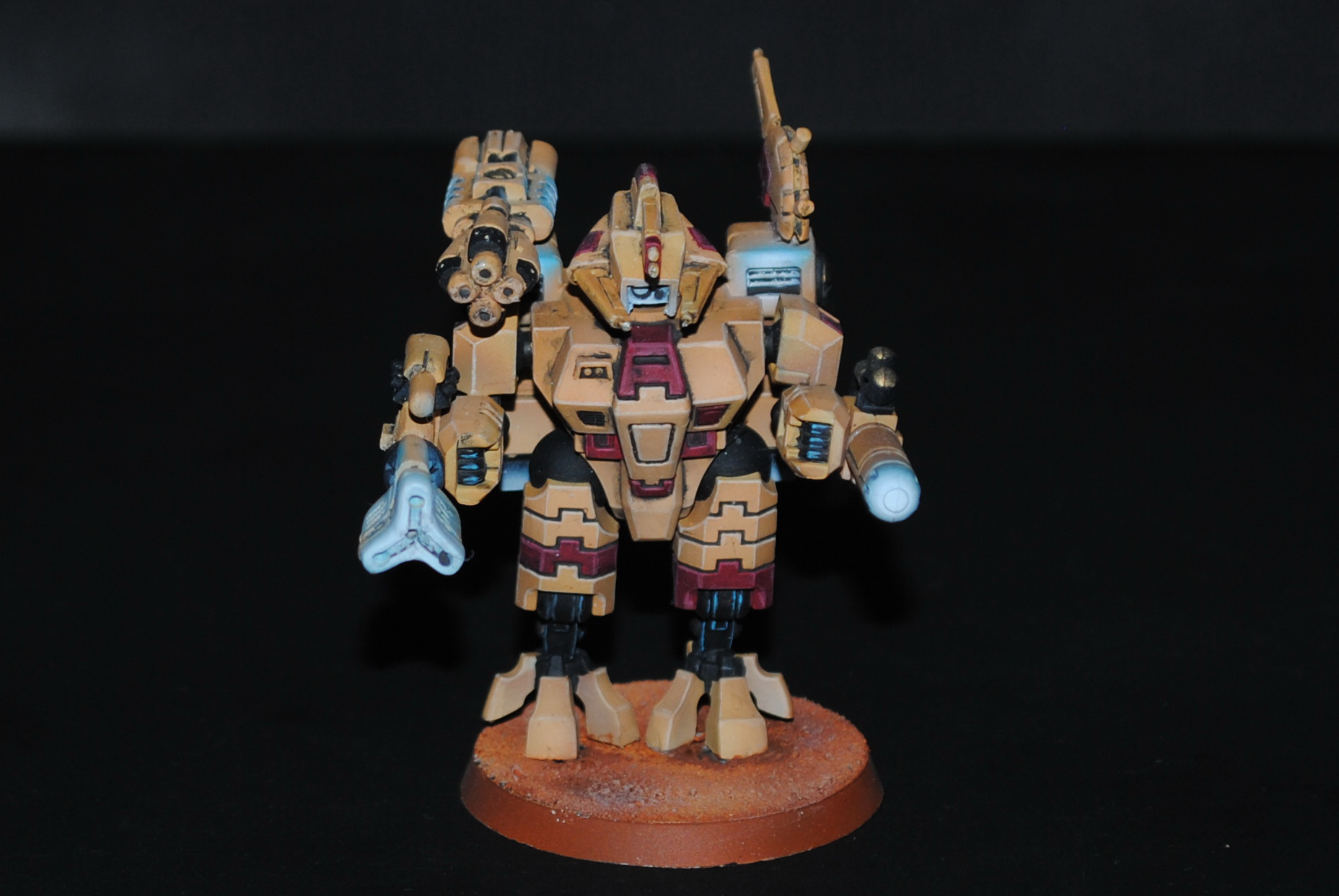 Tau Empire XV8 Battlesuit Commander