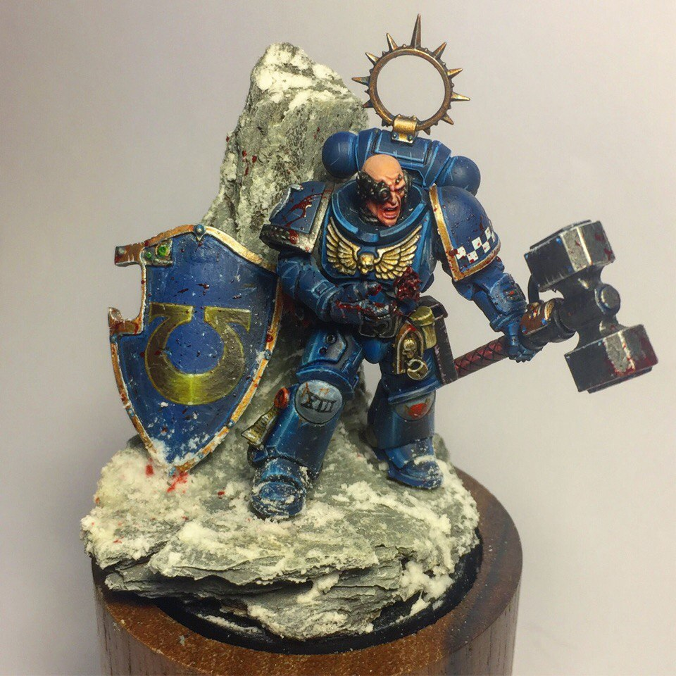 """That's just a flesh wound"" Primaris Ultramarine Captain"