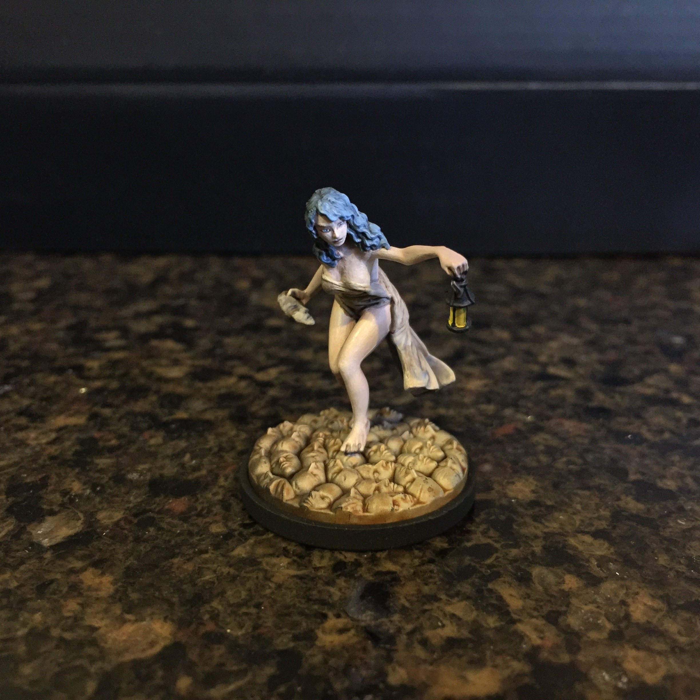 Kingdom Death Survivor Lucy