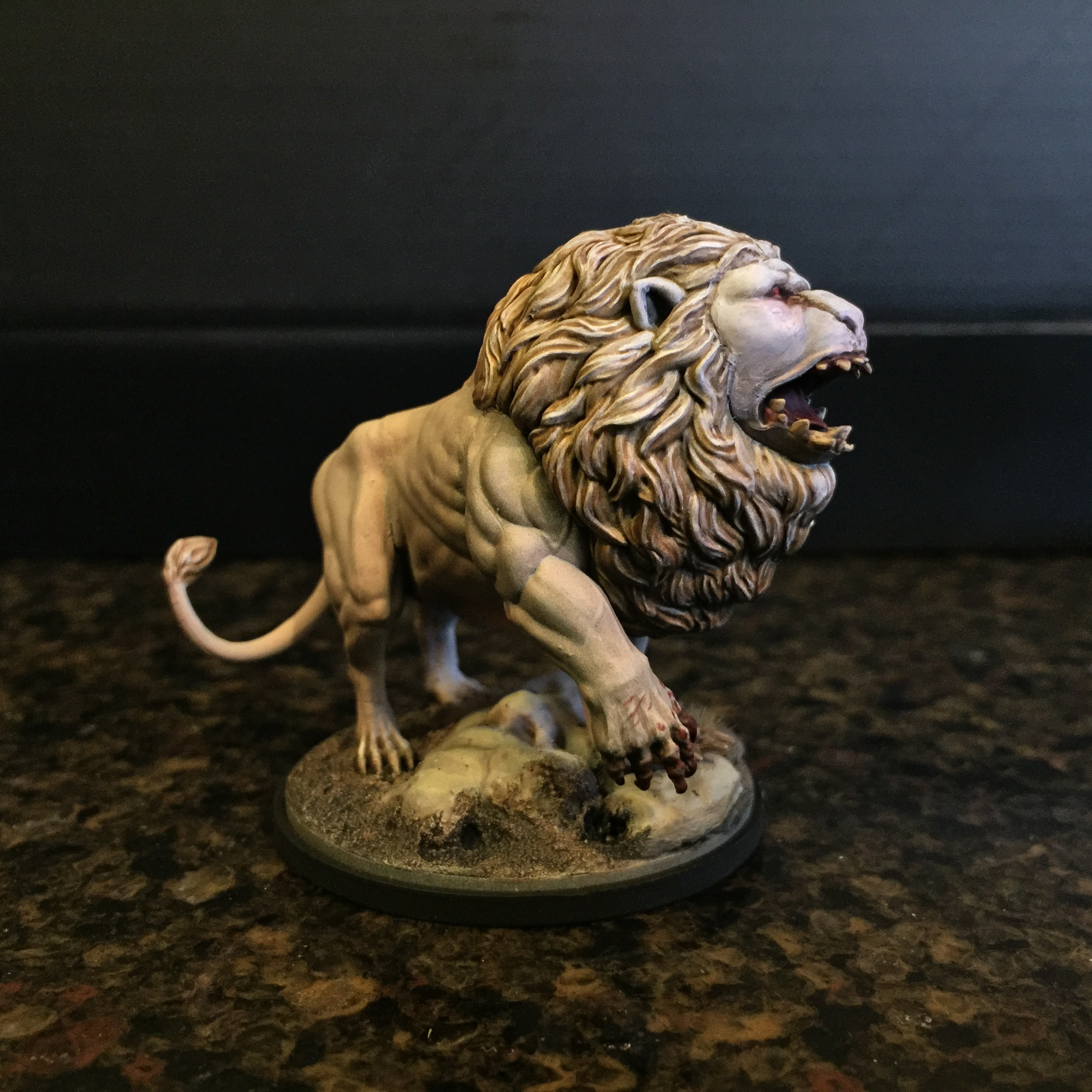 Kingdom Death White Lion