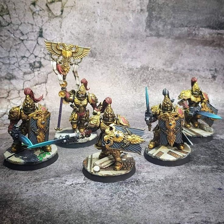 Custodian guard with sentinel blades