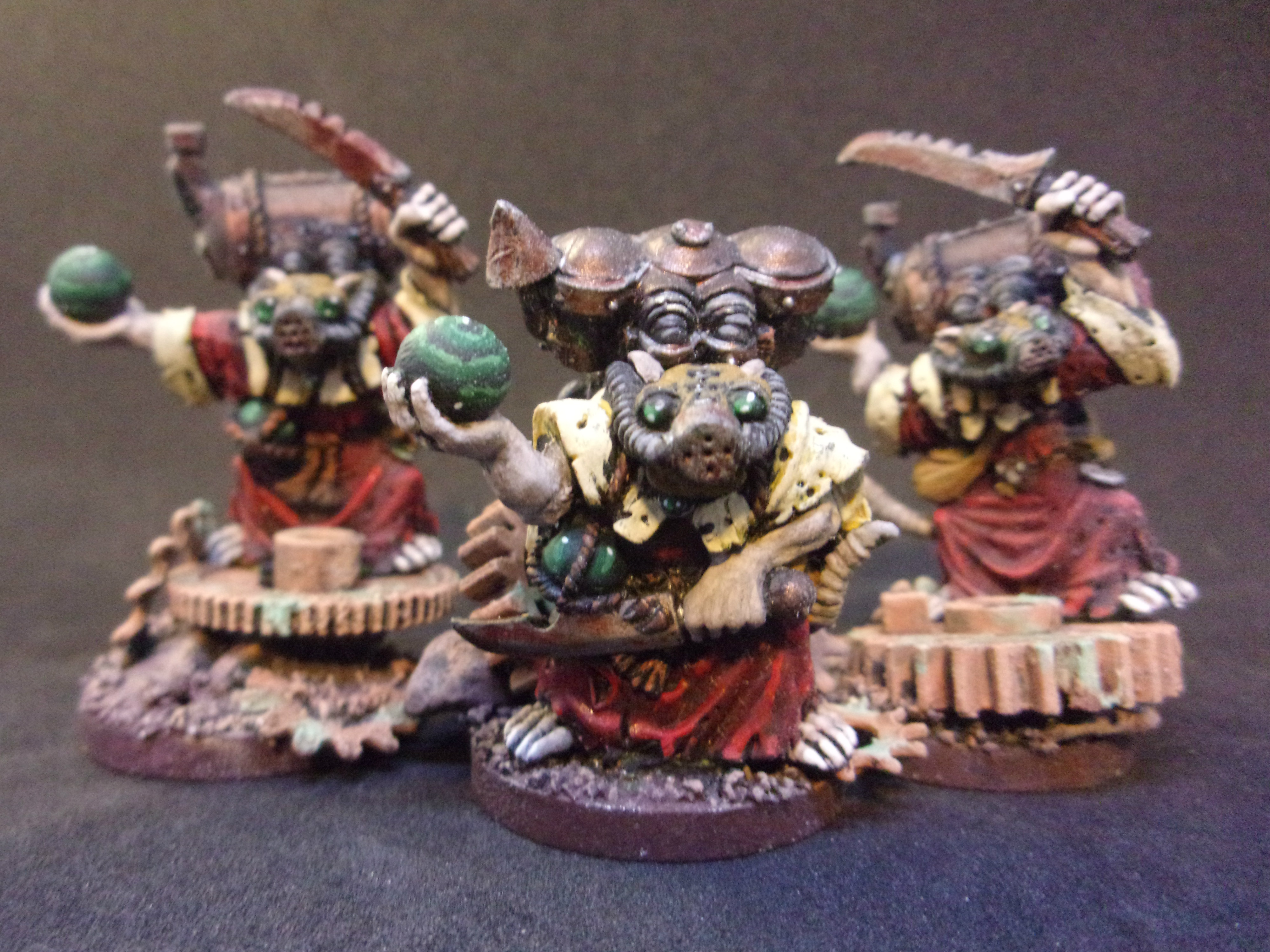 Poisoned Wind Globadiers (Skyre Acolytes)