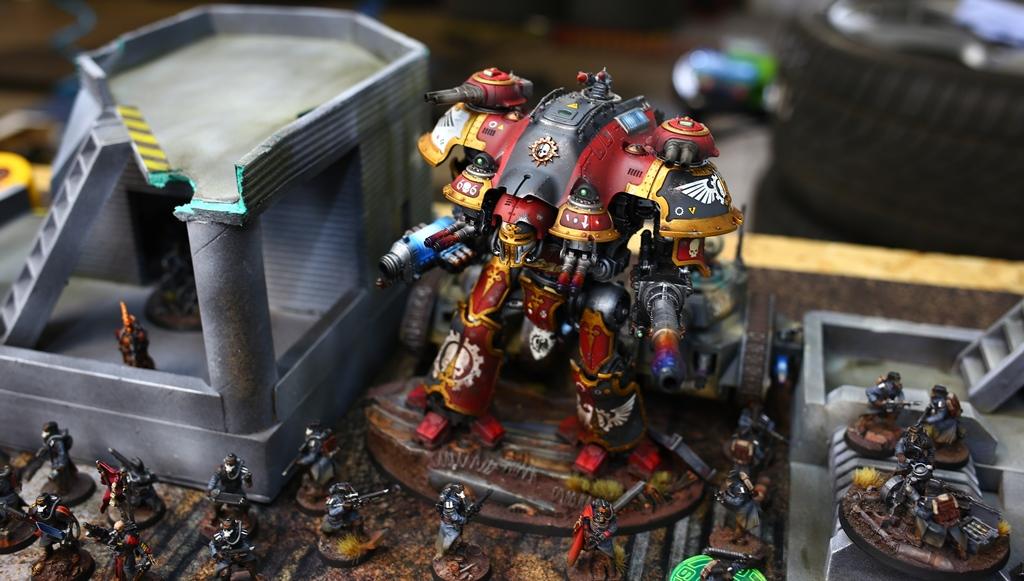 Warhammer 40k Imperial Knight Castellan