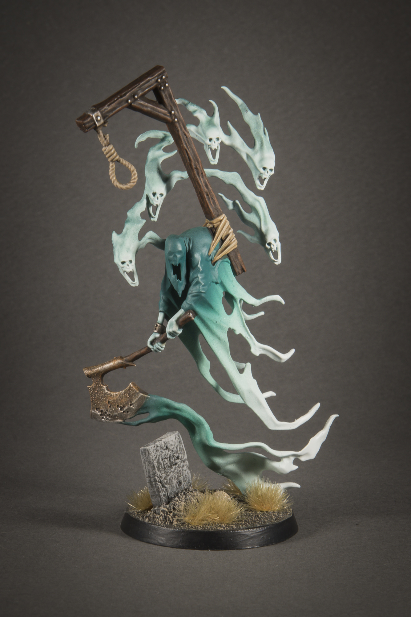 CoolMiniOrNot - Age of Sigmar Nighthaunt Lord Executioner by Green_Brush