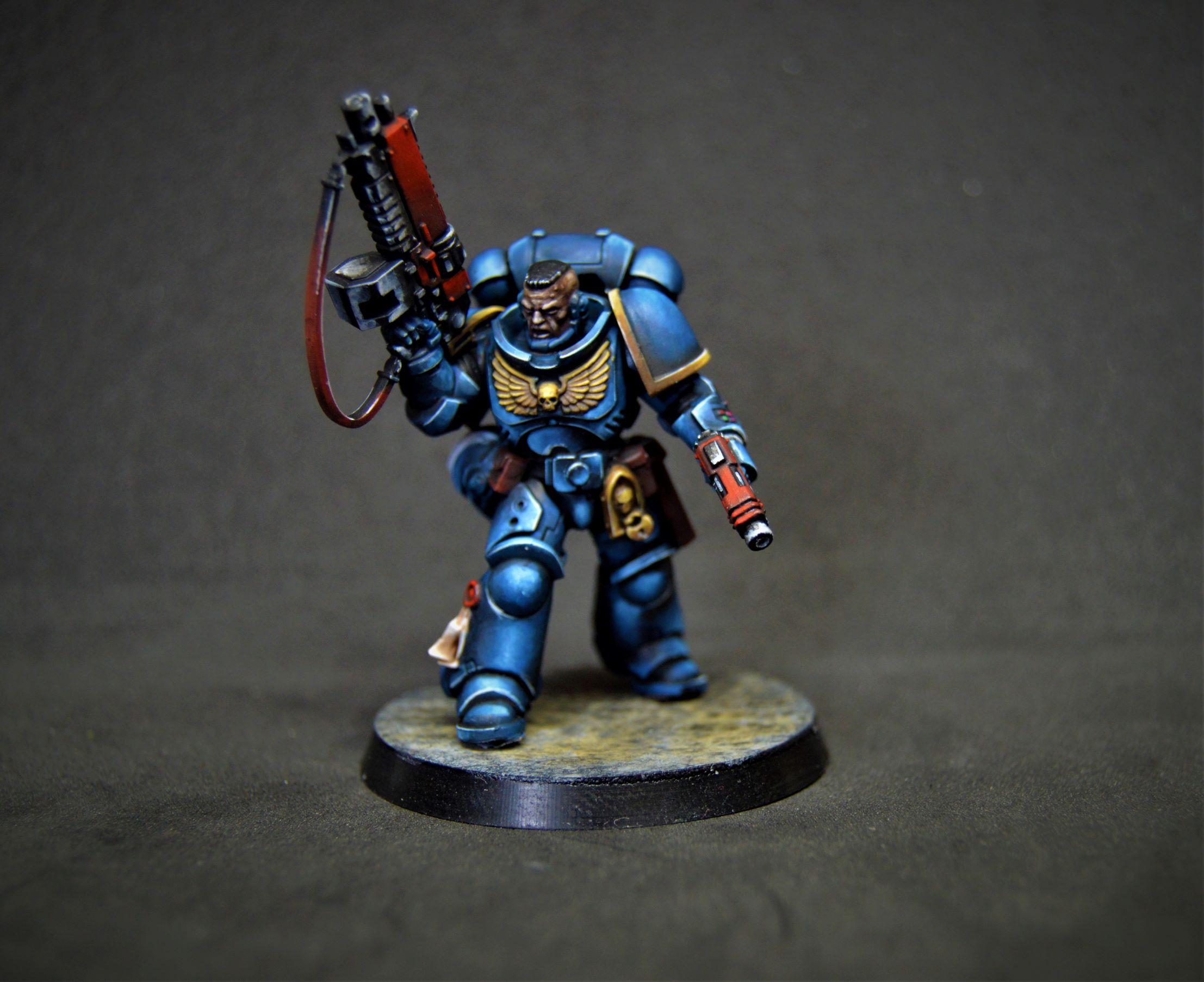 Lieutenant Primaris SPACE MARINES ULTRAMARINES 2