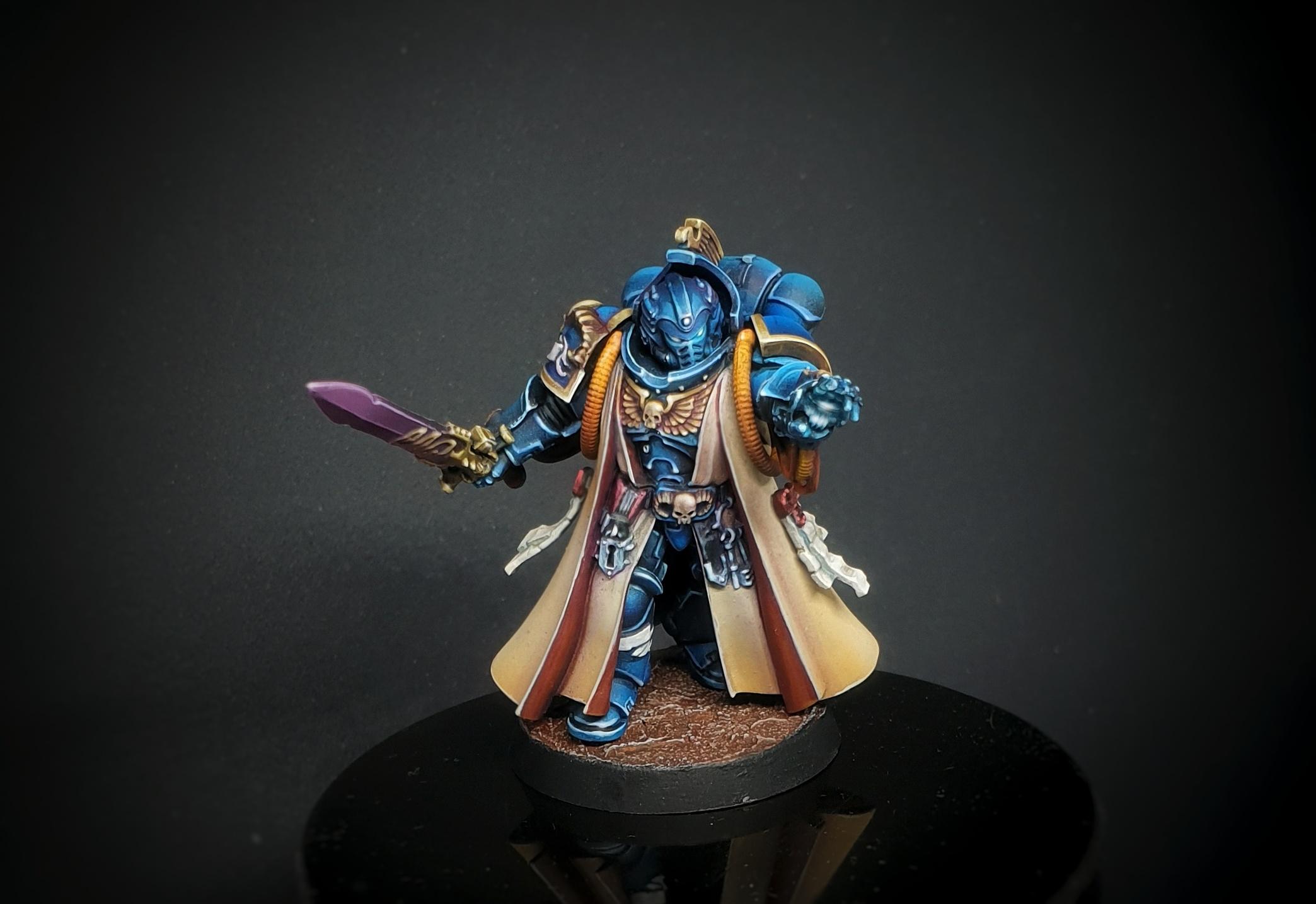Ultramarines Librarian