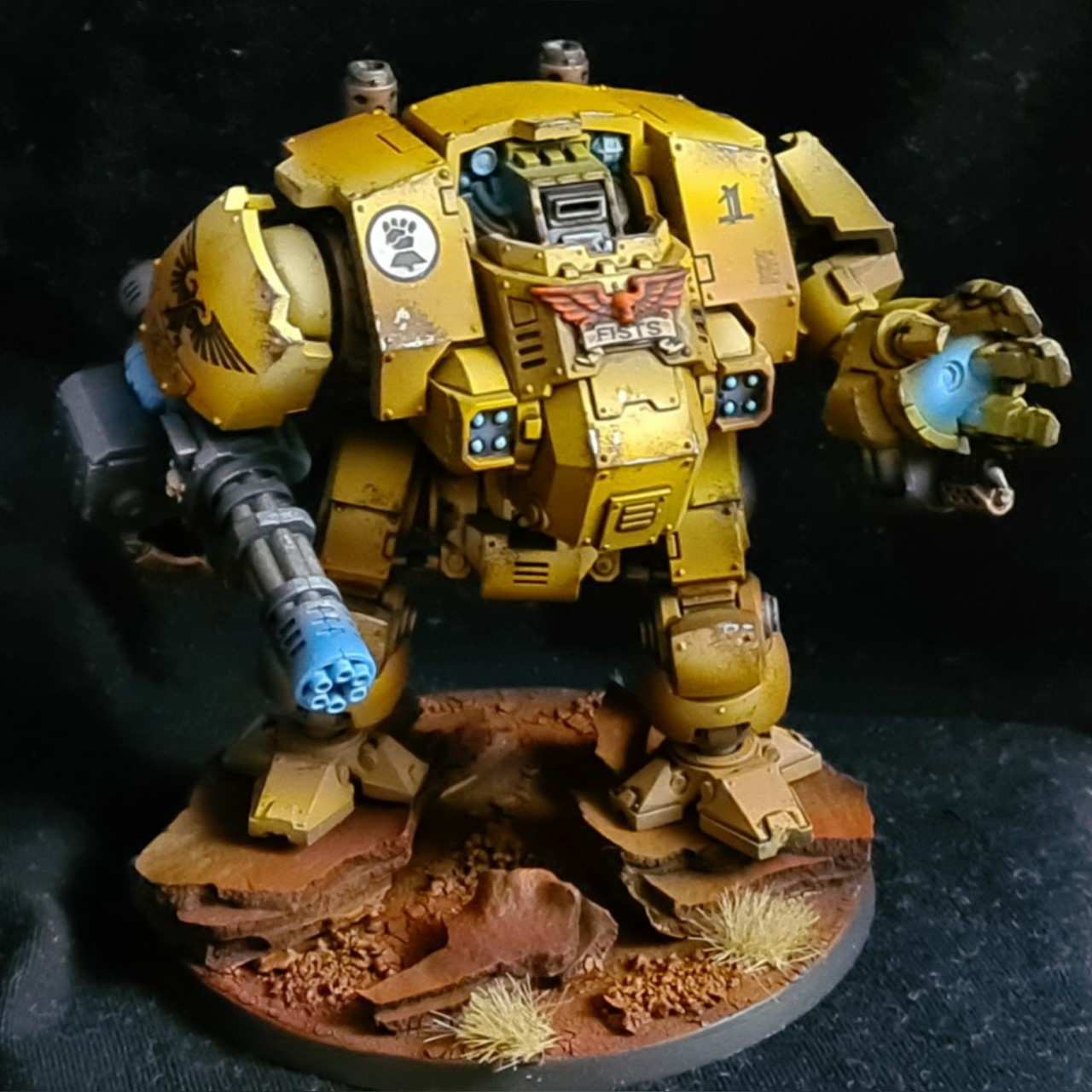 Imperial fist redemptor dreadnought