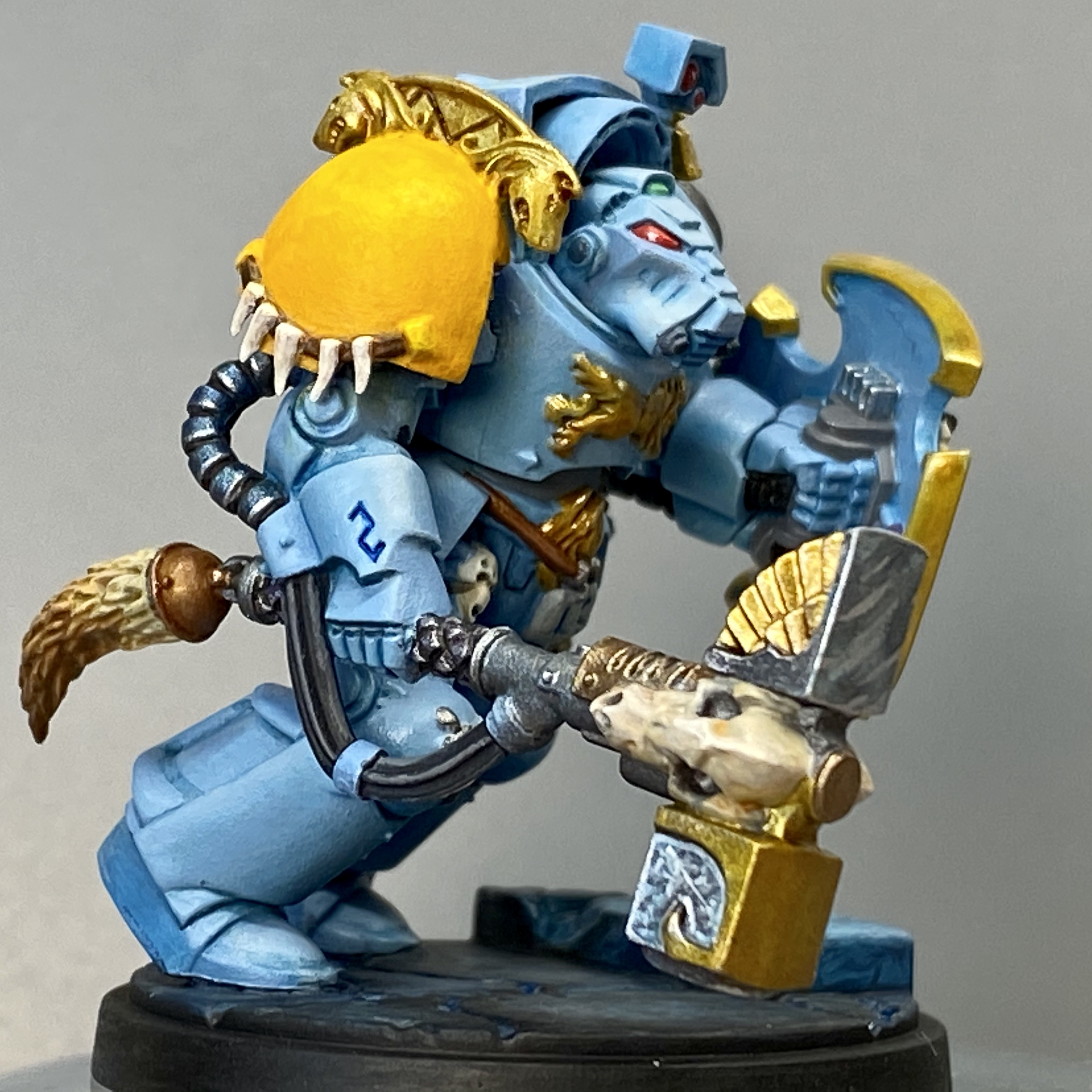 Wolf Guard in Terminator Armor with Thunder Hammer from the Space Wolves Legion