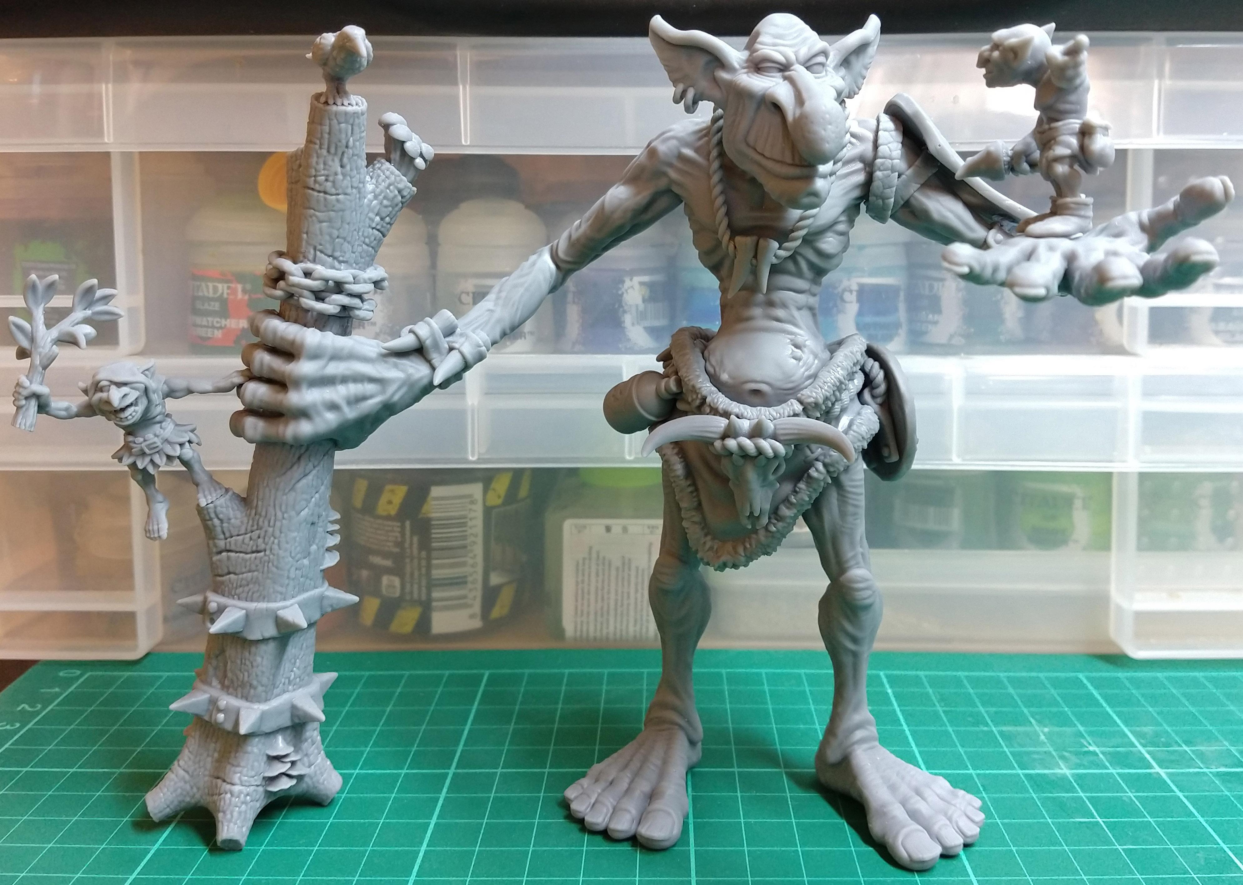 Gigantic Troll 001