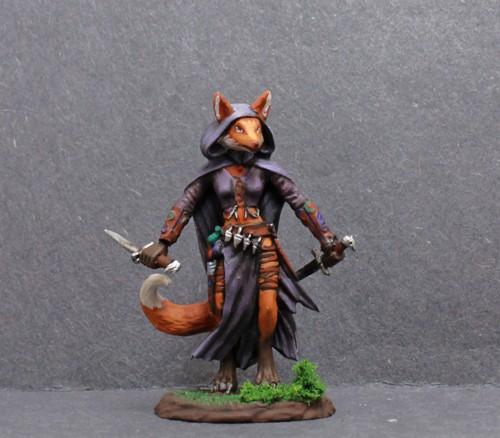 Dark Sword Female Rogue with Dual Blades